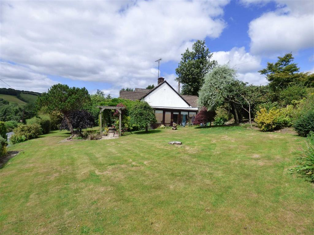 3 Bedrooms Bungalow for sale in Withleigh, Tiverton, Devon, EX16