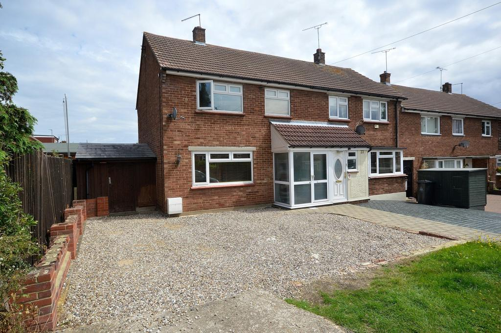 3 Bedrooms Semi Detached House for sale in Orchard Road, Maldon, Essex, CM9