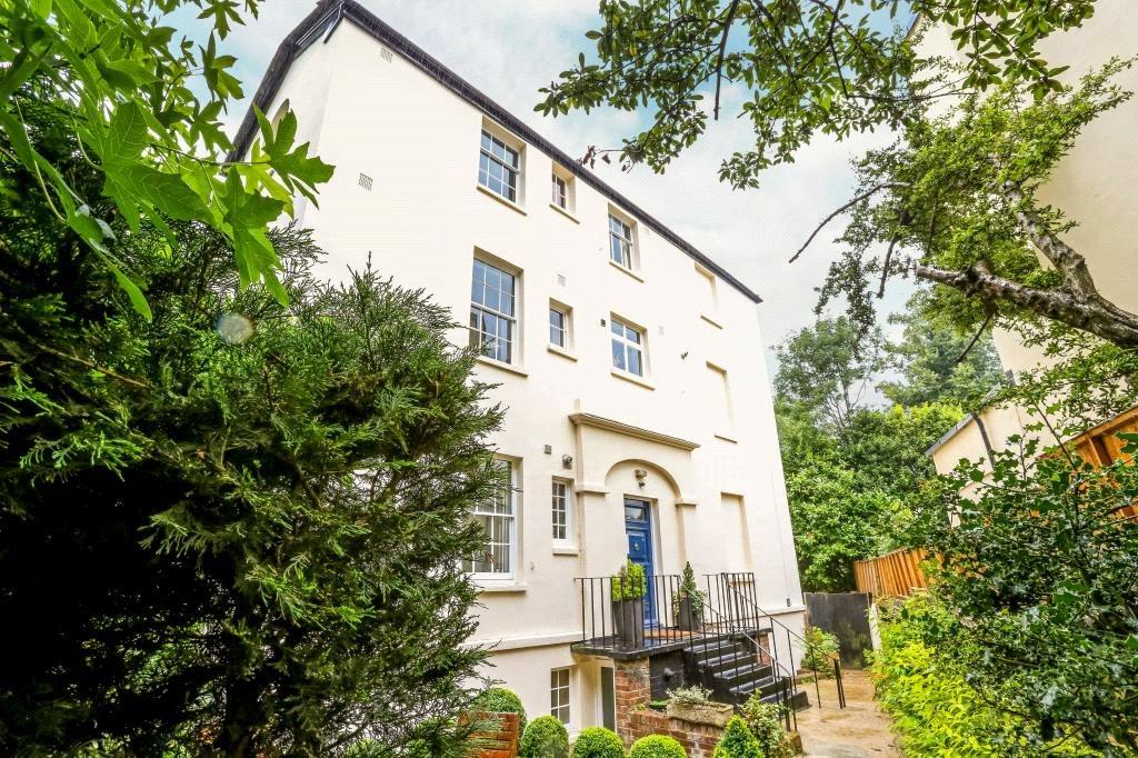 4 Bedrooms Maisonette Flat for sale in Leigh House, 73 South End Road, Hampstead, NW3