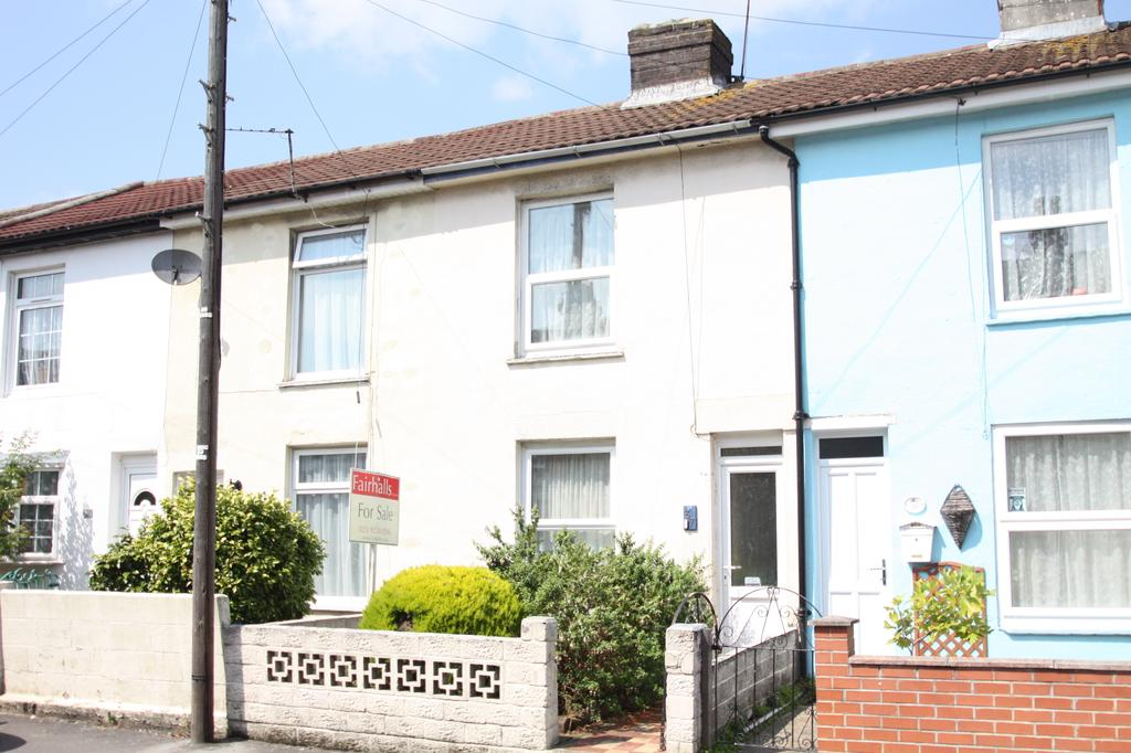 3 Bedrooms Terraced House for sale in Brougham Street, Gosport PO12