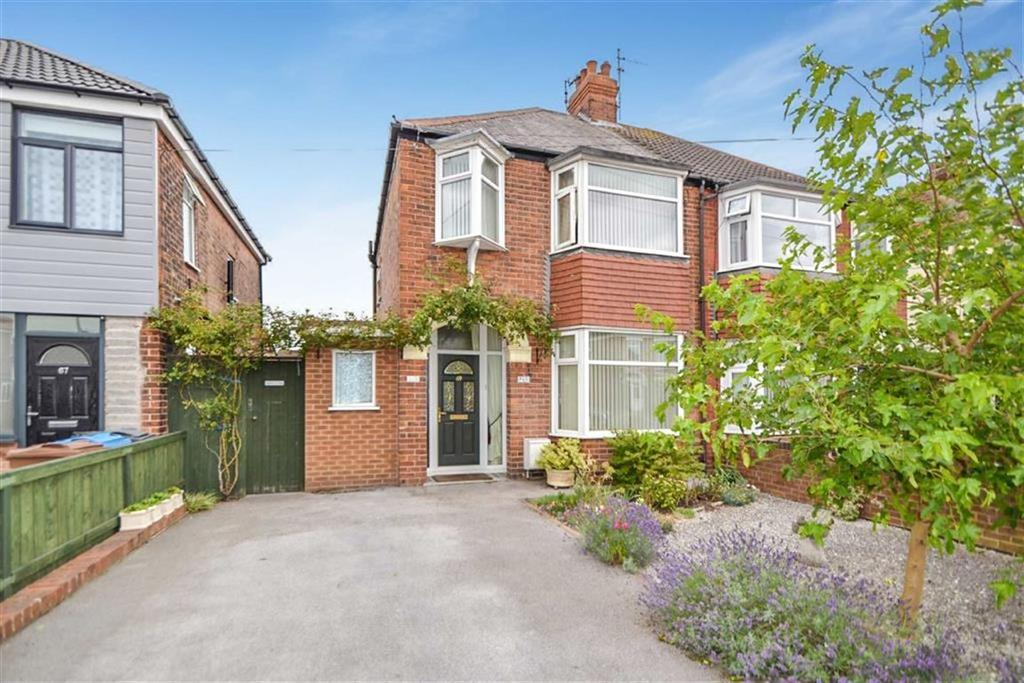 3 Bedrooms Terraced House for sale in Belgrave Drive, Hull, HU4