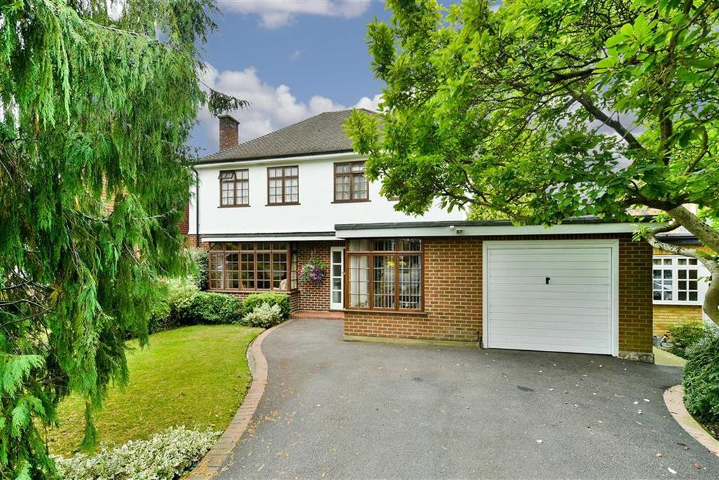 4 Bedrooms Detached House for sale in St Johns Avenue, Epsom, Surrey