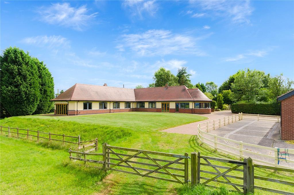4 Bedrooms Bungalow for sale in Melton Road, Hickling Pastures, Melton Mowbray, LE14