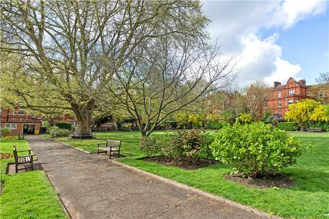 2 bedroom flat to rent - Heber Mansions, Queen's Club Gardens, Barons Court, London, W14