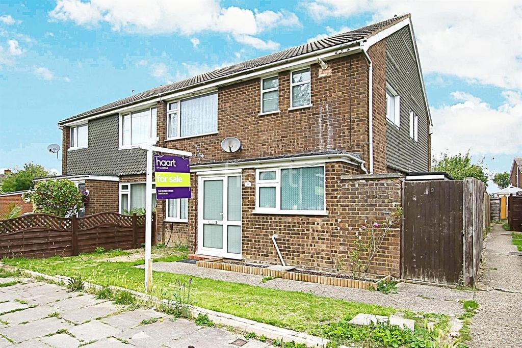 2 Bedrooms Maisonette Flat for sale in Ranock Close