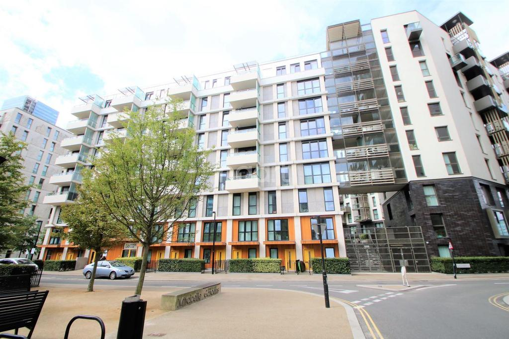 2 Bedrooms Flat for sale in Festuca House, Stratford, London, E20