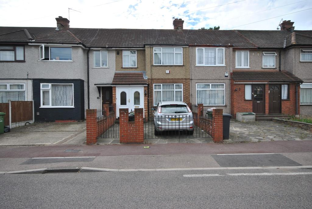 3 Bedrooms Terraced House for sale in Orchard Road, Dagenham
