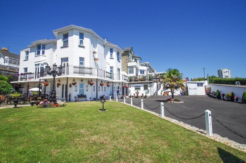 2 Bedrooms Ground Flat for sale in Osborne Road, Shanklin
