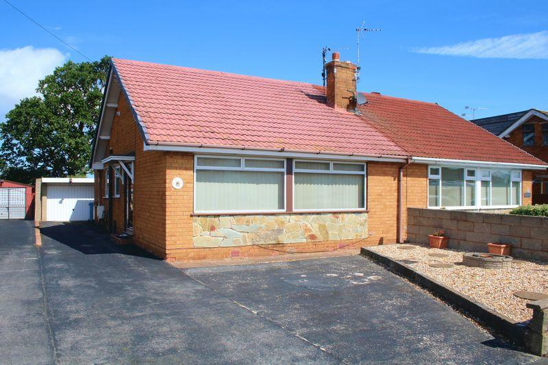 2 Bedrooms Semi Detached Bungalow for sale in Maes Owen, Bodelwyddan