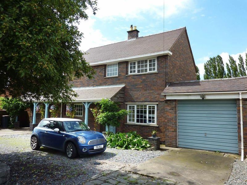 4 Bedrooms Detached House for sale in Leicester Road, Ibstock