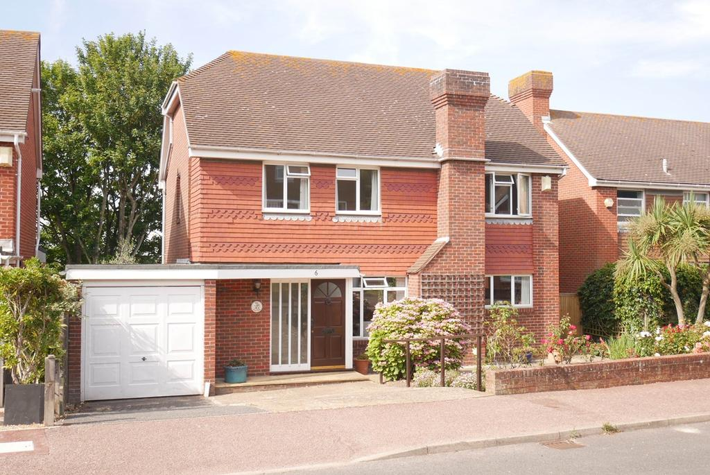 4 Bedrooms Detached House for sale in Ascot Close, Off St Johns Road, Meads, Eastbourne, BN20
