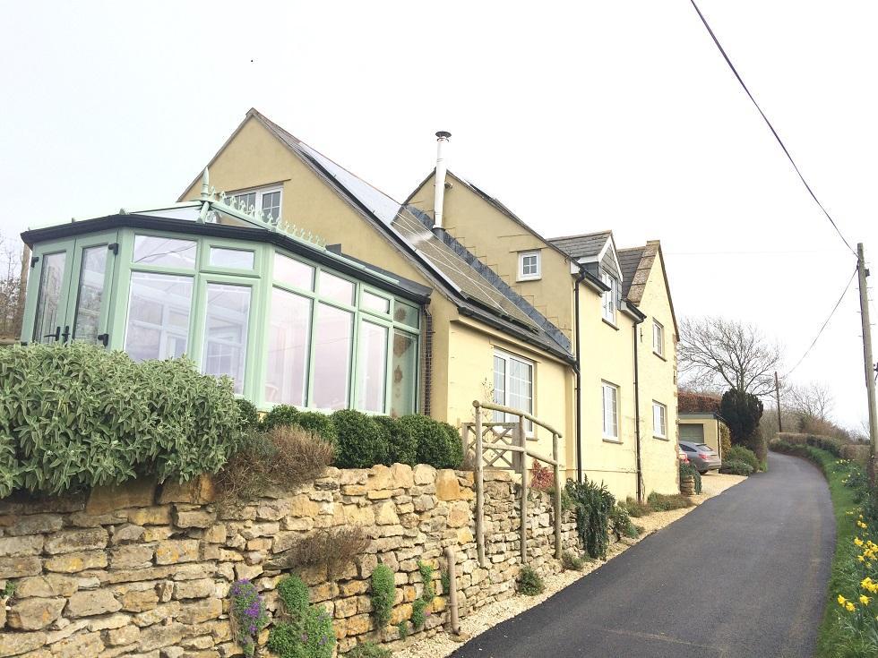 3 Bedrooms House for sale in Ridge Lane, West Coker Hill, Yeovil