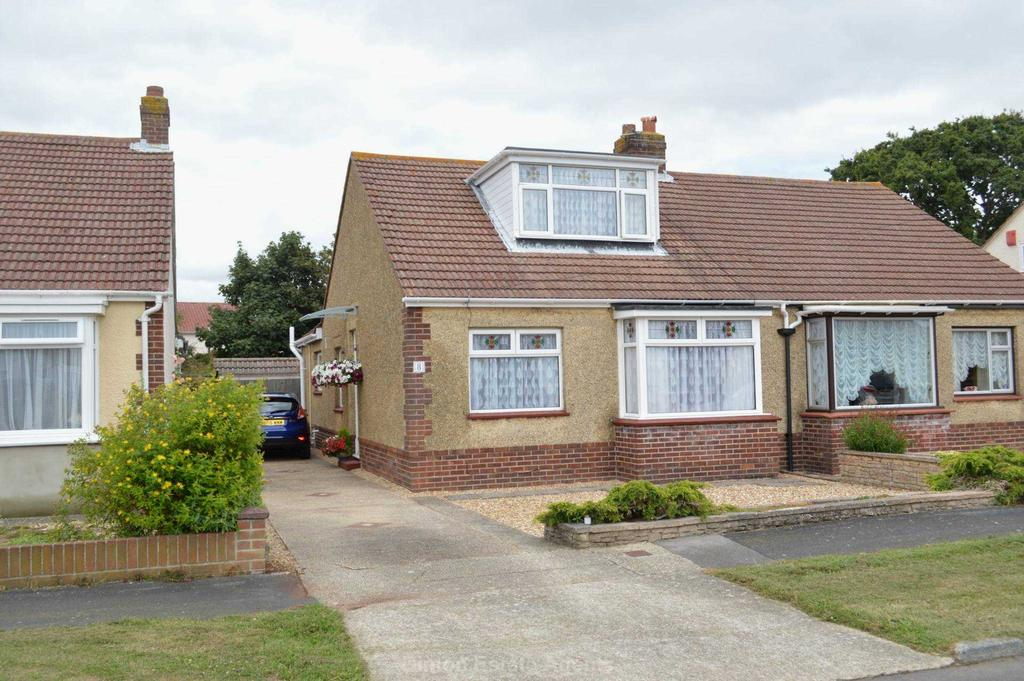 3 Bedrooms Semi Detached Bungalow for sale in Gorran Avenue, Gosport