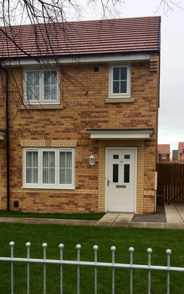 2 Bedrooms Link Detached House