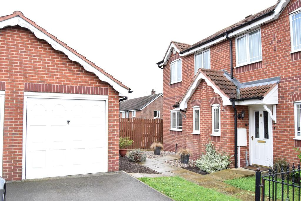 3 Bedrooms Semi Detached House for sale in Nelson Close, Mansfield