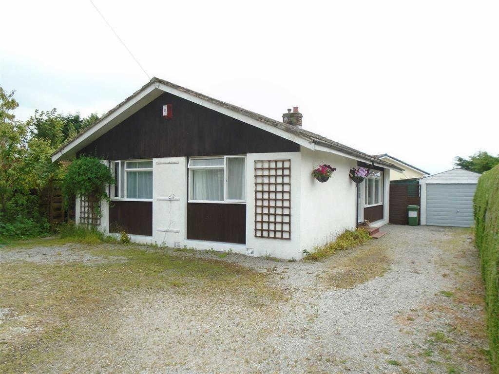 2 Bedrooms Detached Bungalow for sale in Dicktrod Lane, Skinburness, Silloth, Cumbria