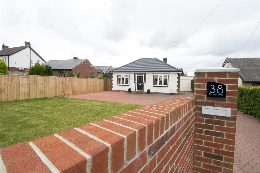 3 Bedrooms Detached House for sale in Grange Lane, Whickham
