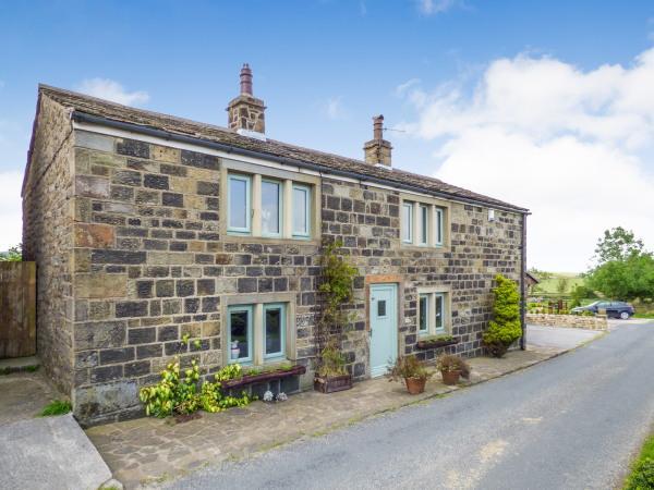5 Bedrooms Cottage House for sale in Park Cottage, Park Lane, Cowling BD22 0NH