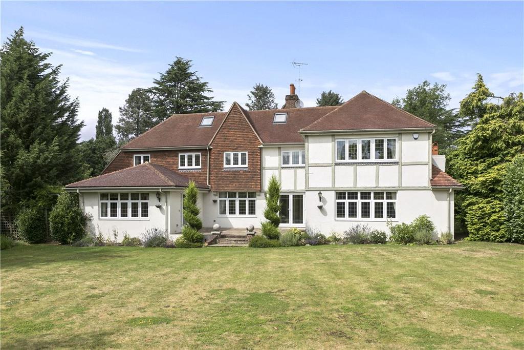 5 Bedrooms Detached House for sale in 10 Mizen Way, Cobham, Surrey, KT11
