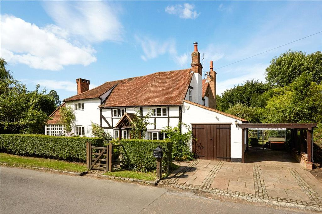 4 Bedrooms Detached House for sale in Silkmore Lane, West Horsley, Surrey, KT24