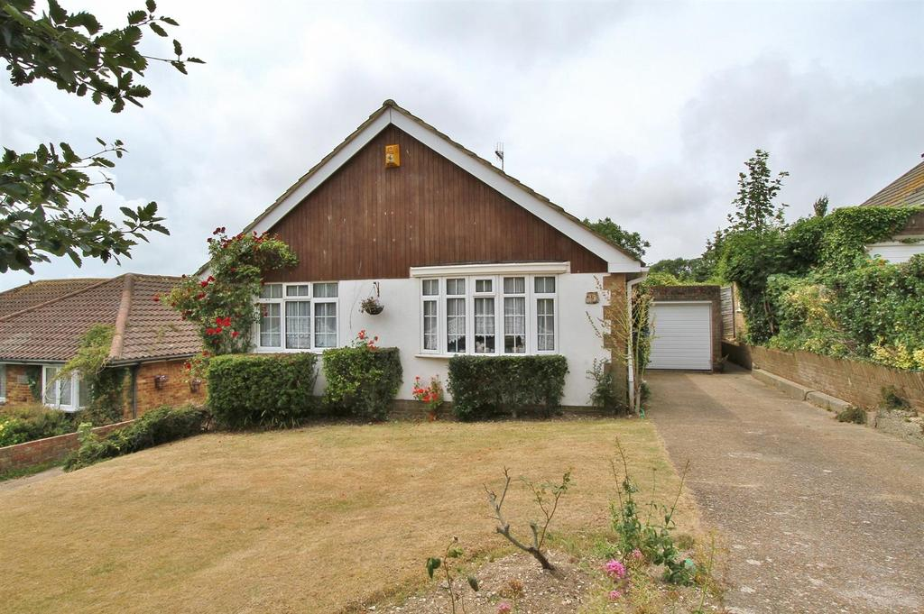 3 Bedrooms Detached Bungalow for sale in Donnington Road