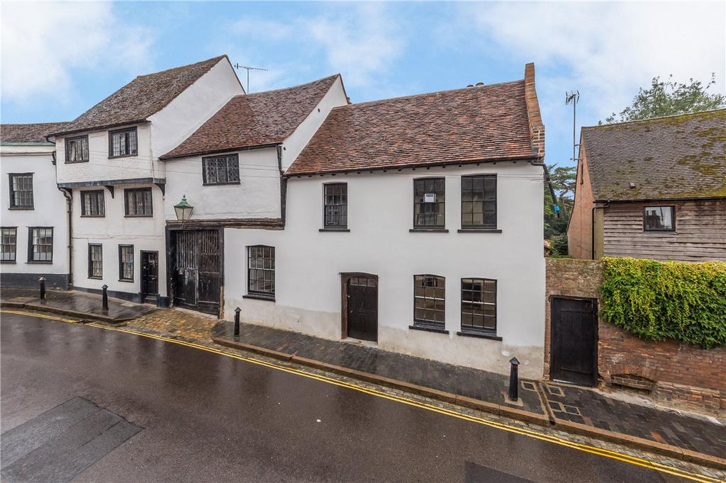 2 Bedrooms Flat for sale in Fishpool Street, St. Albans, Hertfordshire