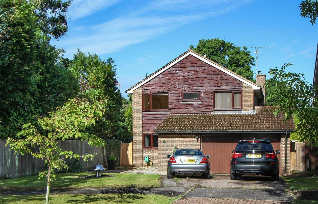 4 Bedrooms Detached House for sale in Costells Edge, Scaynes Hill