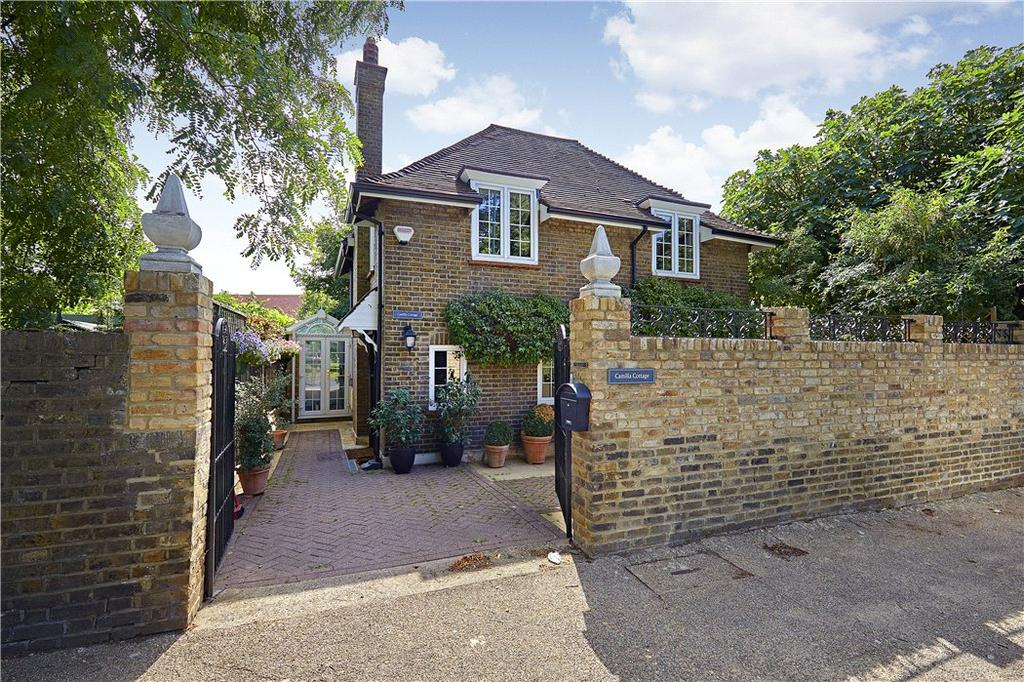 2 Bedrooms Detached House for sale in Upper Ham Road, Richmond, TW10