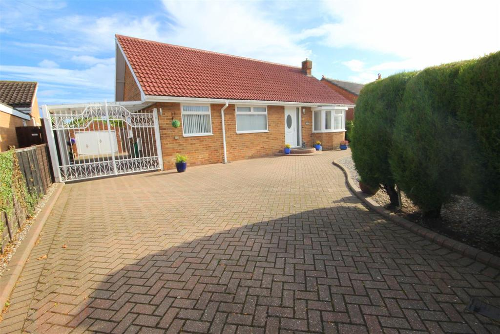 2 Bedrooms Detached Bungalow for sale in Tanfield Road, Hartlepool