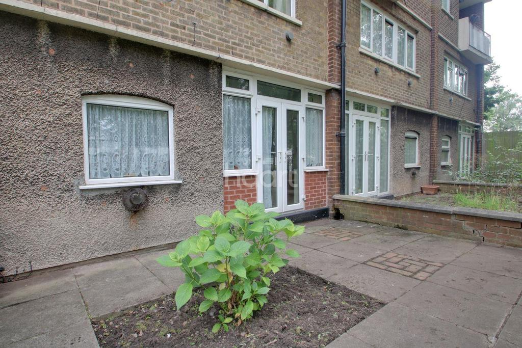 3 Bedrooms Flat for sale in Birmingham