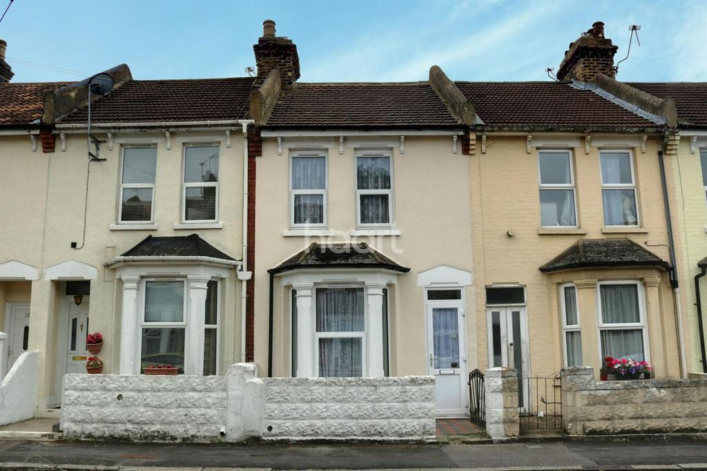 3 Bedrooms Terraced House for sale in Hayward Avenue, Strood, ME2