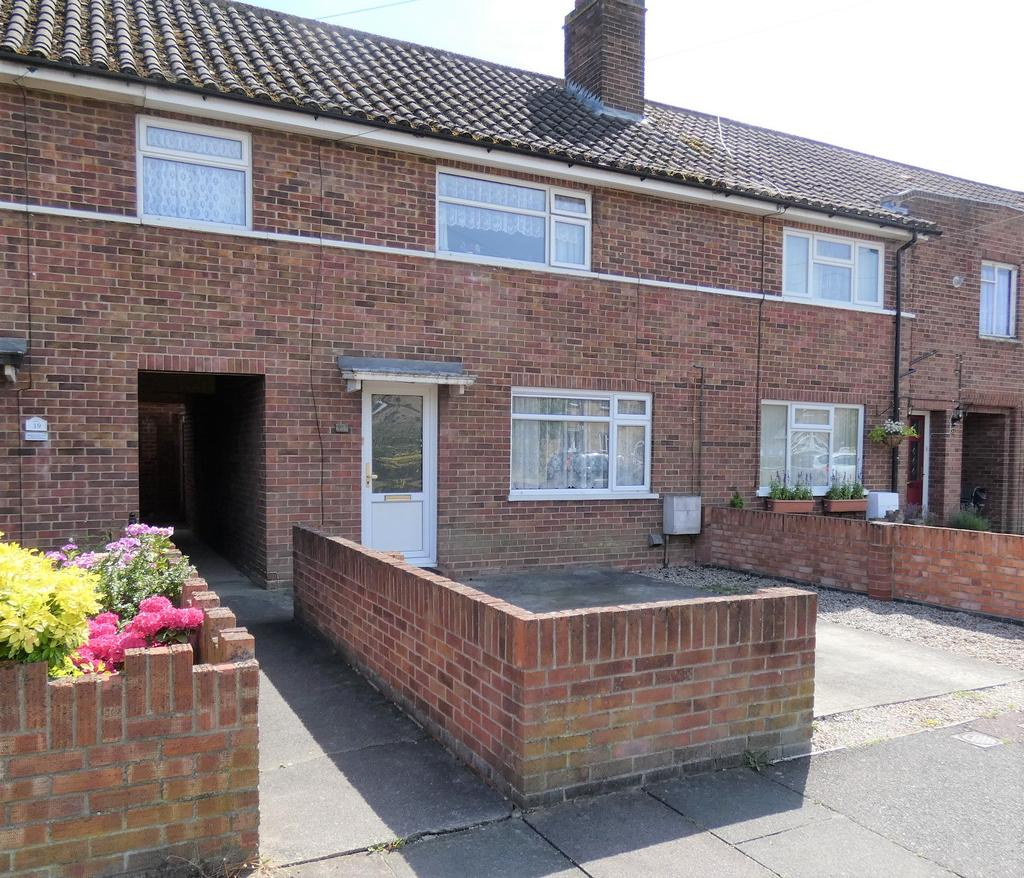 3 Bedrooms Terraced House for sale in Britannia Crescent, Wivenhoe CO7