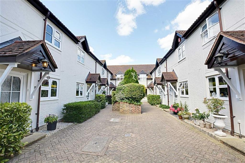 2 Bedrooms Terraced House for sale in River Court, Crouchfield, Chapmore End, Hertfordshire, SG12