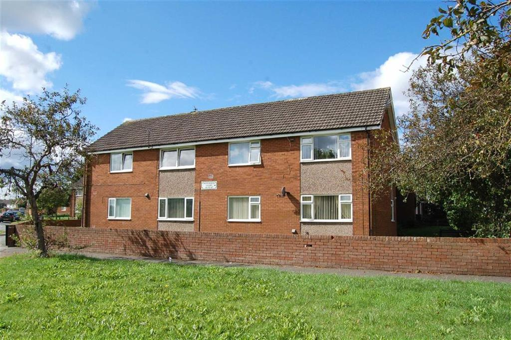 2 Bedrooms Flat for sale in Warkworth Court, Ellesmere Port