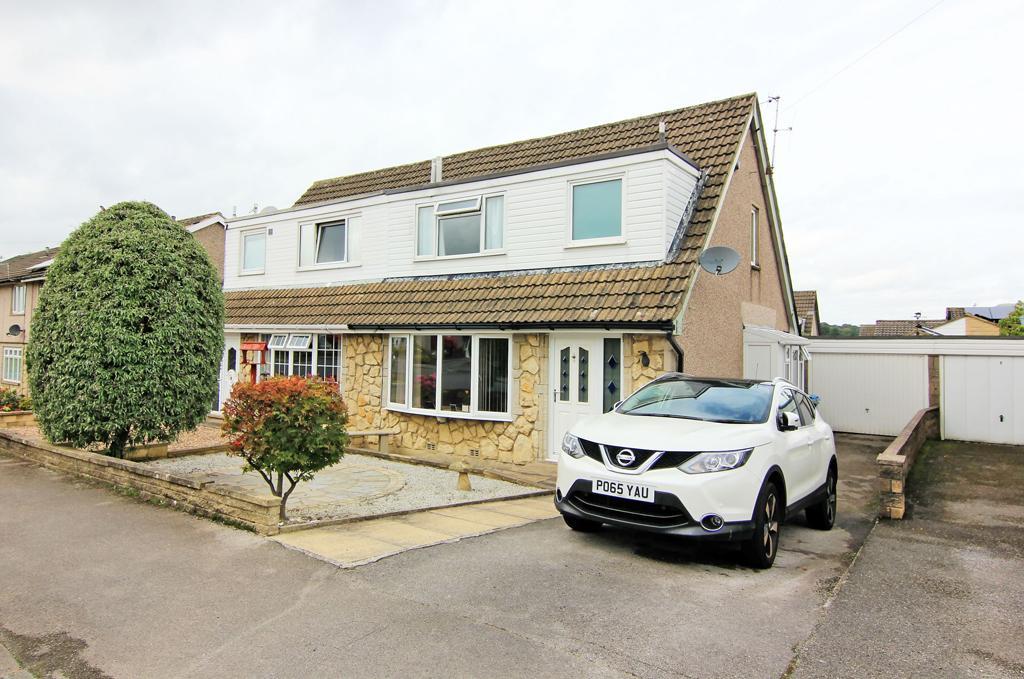3 Bedrooms Semi Detached House for sale in 55 Moorview Way, Skipton,
