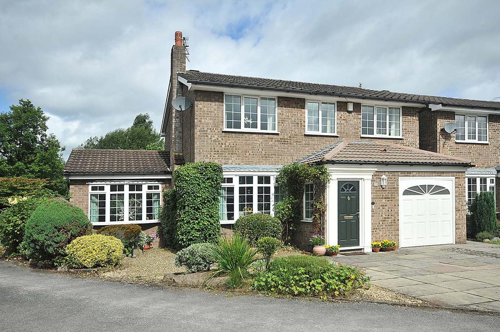 4 Bedrooms Detached House for sale in Gainsborough Close, Wilmslow