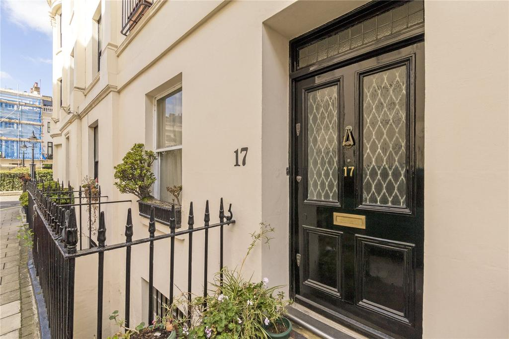 5 Bedrooms Terraced House for sale in Victoria Square, London, SW1W