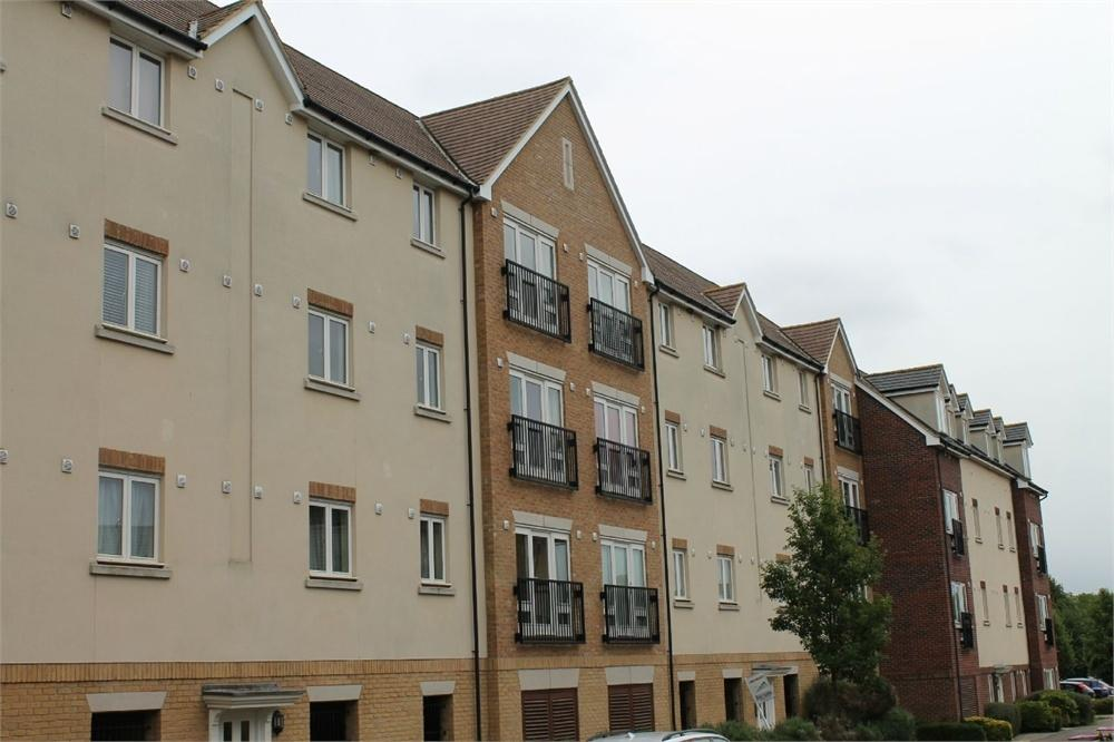 2 Bedrooms Flat for sale in Redhouse Park, MILTON KEYNES, Buckinghamshire