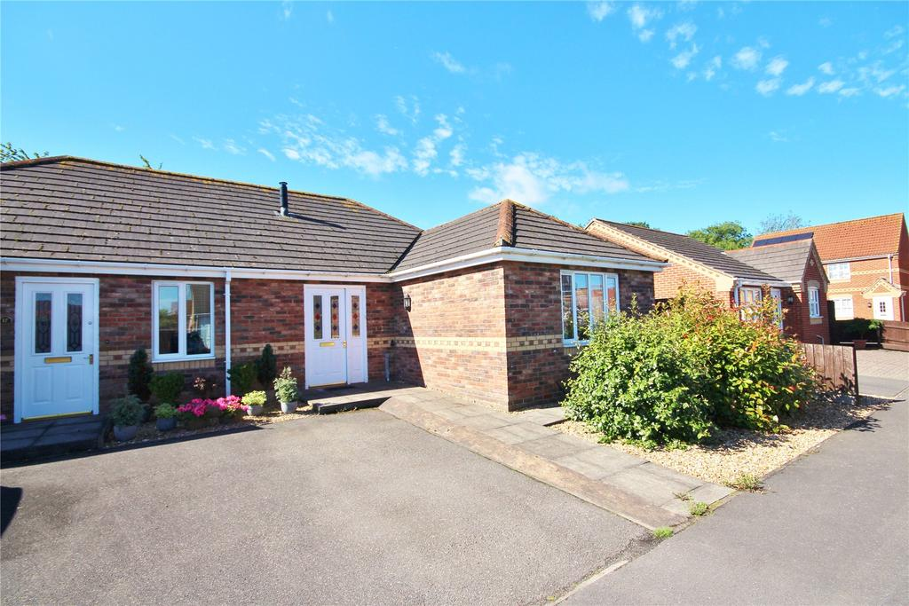 2 Bedrooms Semi Detached Bungalow for sale in Sawmill Lane, Wragby, LN8