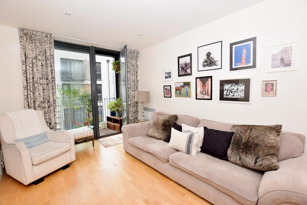 1 Bedroom Flat for sale in City Walk London Bridge SE1