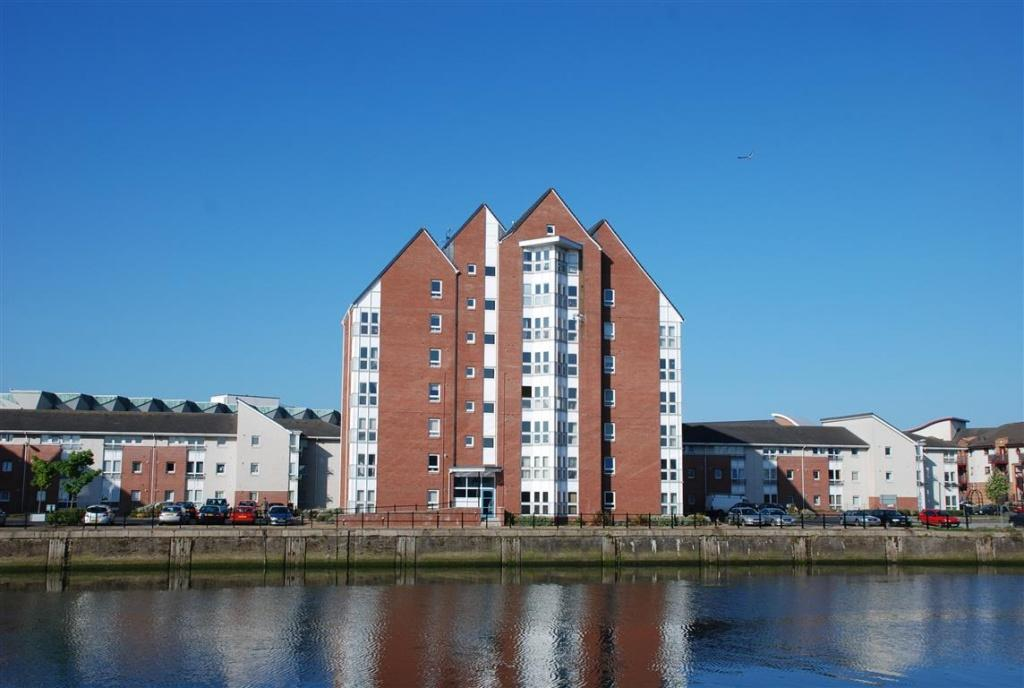 2 Bedrooms Apartment Flat for sale in 7 Trenchard Court, Ayr, KA7 1JU