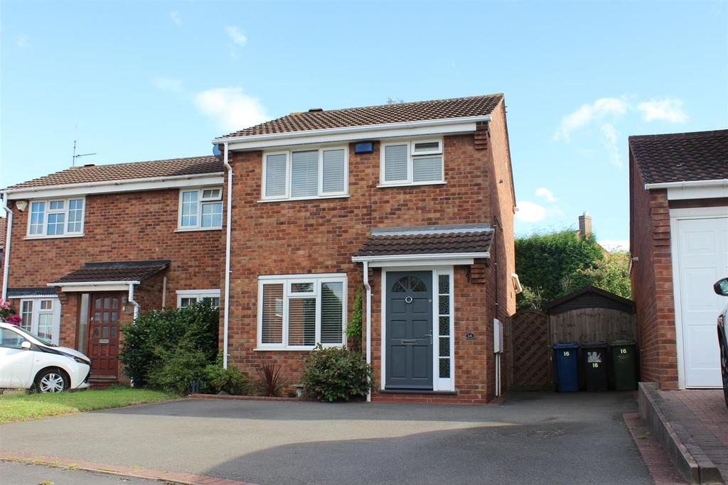 3 Bedrooms Semi Detached House for sale in Parbury, Dosthill, Tamworth
