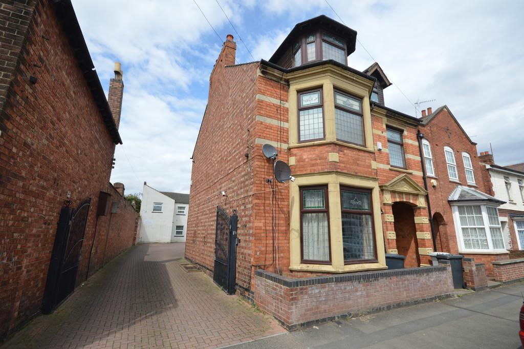 2 Bedrooms Apartment Flat for sale in Lindsay Street, Kettering
