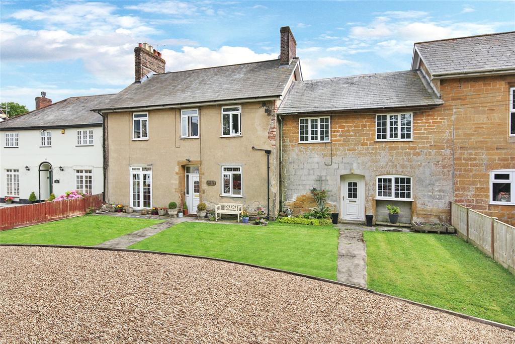 4 Bedrooms House for sale in Tail Mill Lane, Merriott, Somerset, TA16