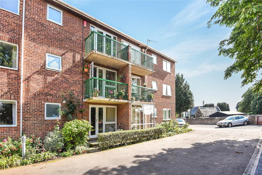2 Bedrooms Apartment Flat for sale in Fairlawns, Newmarket, Suffolk, CB8