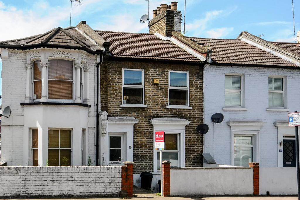 2 Bedrooms Terraced House for sale in Latchmere Road, Battersea