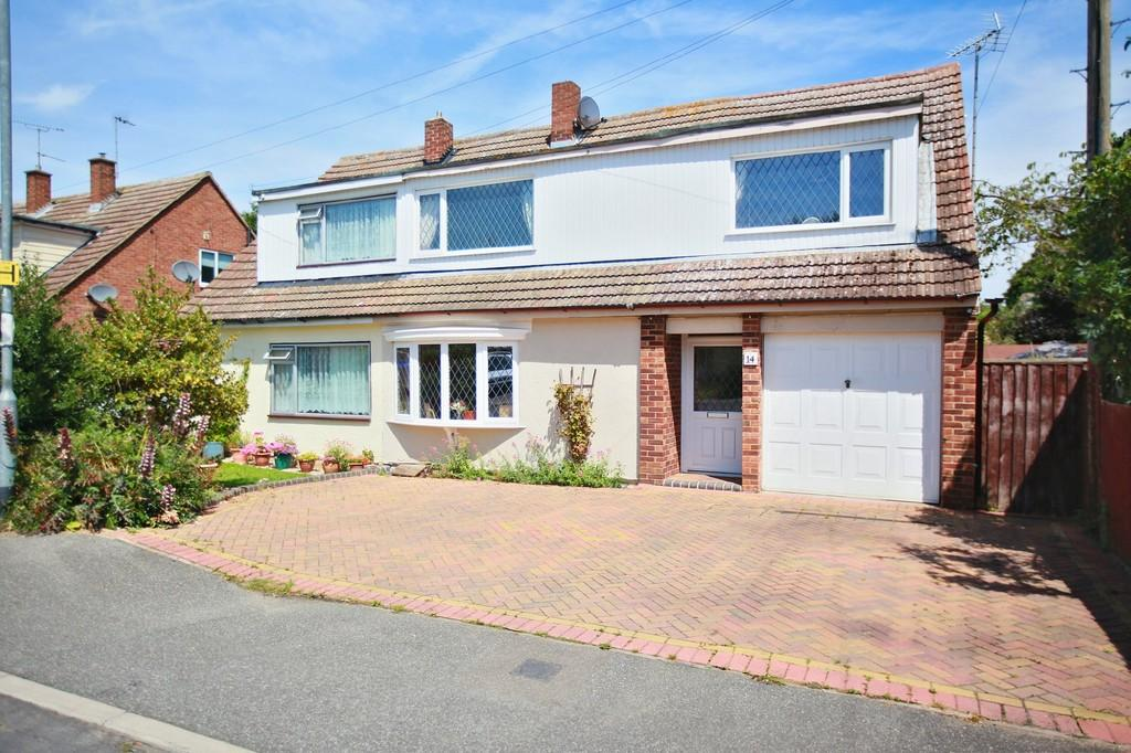 4 Bedrooms Semi Detached House for sale in Holly Way, Tiptree, CO5 0TP