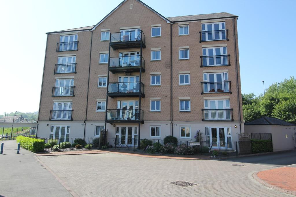 2 Bedrooms Apartment Flat for sale in The Anchorage, River Walk, Penarth