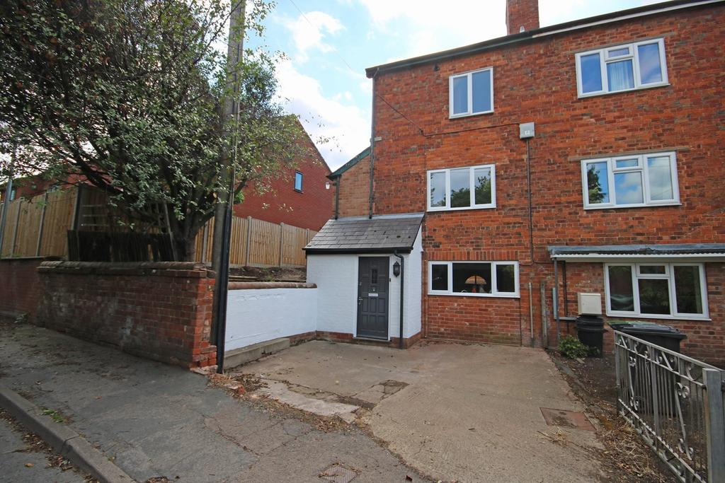 3 Bedrooms Semi Detached House for sale in Lower Road, Ledbury, HR8