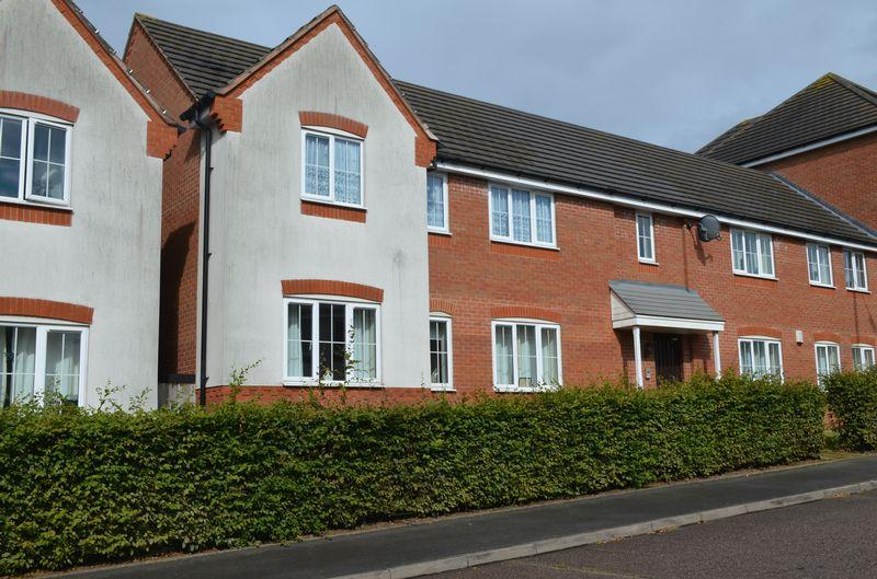 2 Bedrooms Apartment Flat for sale in Bell Tower Close, Walsall